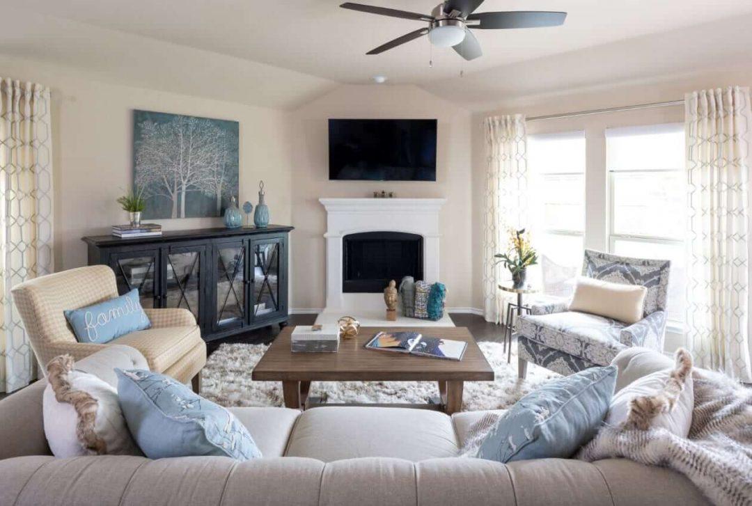 Lockhart – Living Room